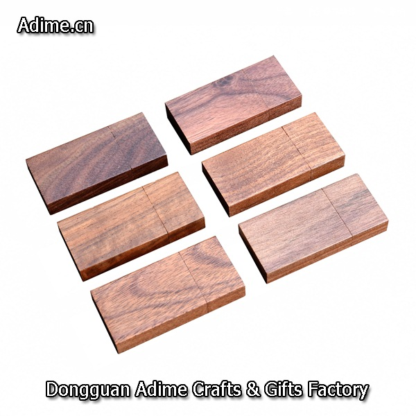 Matched Wood Grain USB flash drive